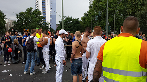 CSD-Parade Berlin 2014: Where there is one many will follow